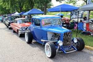 """Car show at the """"Y"""" in Oak Hill @ Albertson's parking lot"""